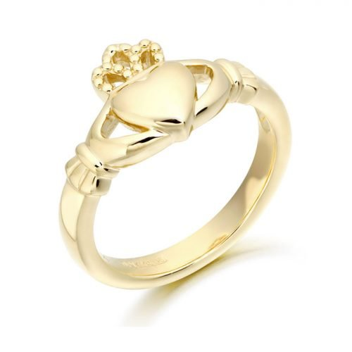 Plain Claddagh Ring with soft curves.